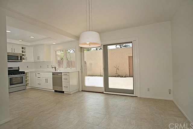 Photo of 406 Vista Roma, Newport Beach, CA 92660