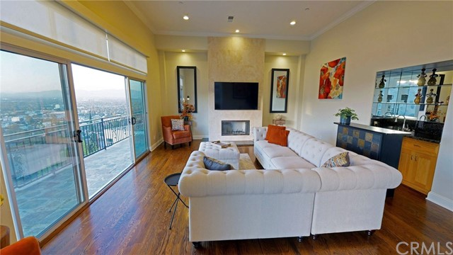 3940 Oakfield Drive Sherman Oaks, CA 91423 - MLS #: PW17237296