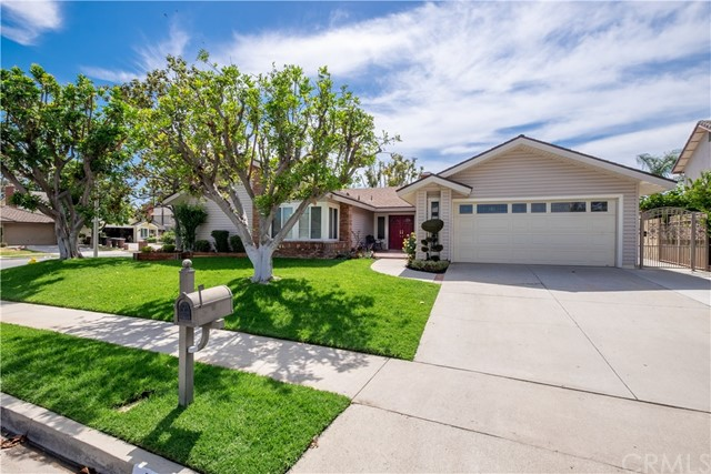Photo of 701 Hollyhock Lane, Placentia, CA 92870