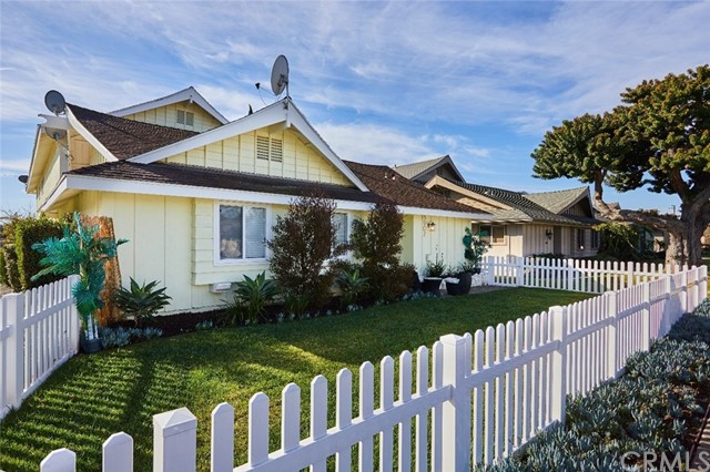 3902 178th, Torrance, California 90504, ,Residential Income,For Sale,178th,SB20018437