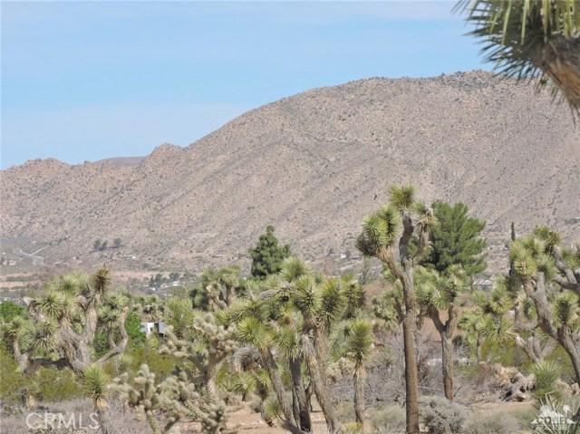 8040 Sage Avenue, Yucca Valley CA: http://media.crmls.org/medias/fc3e161d-09d3-4161-8344-bbfba8ef2fb0.jpg