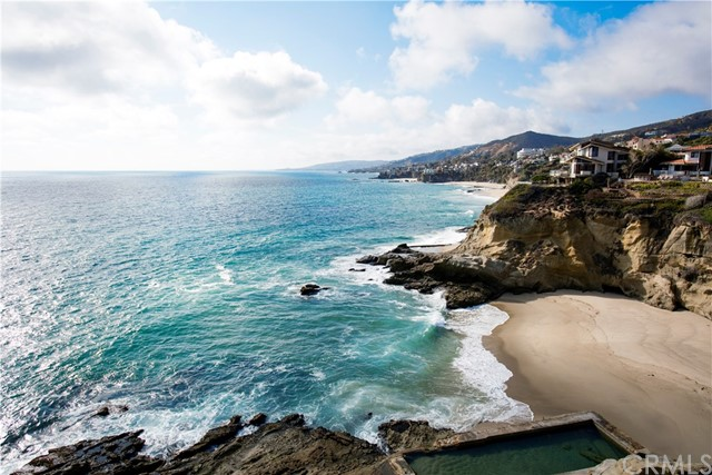 Photo of 32 N La Senda Drive, Laguna Beach, CA 92651