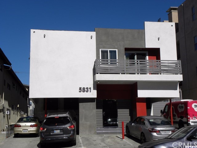 Single Family for Sale at 5831 Carlton Way Los Angeles, California 90028 United States