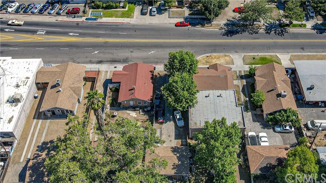 1625 E Olive Avenue, Fresno CA: http://media.crmls.org/medias/fc491818-14b5-4e07-858d-ad05923c48a0.jpg