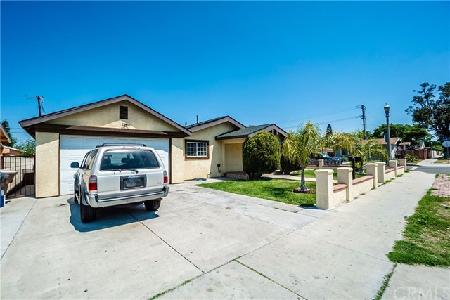 325 E Wilhelmina St, Anaheim, CA 92805 Photo 3