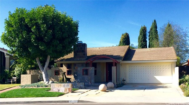 Single Family Home for Rent at 17255 Reimer St Fountain Valley, California 92708 United States