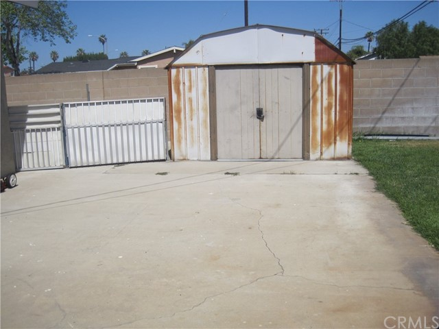 1402 W Apollo Av, Anaheim, CA 92802 Photo 20