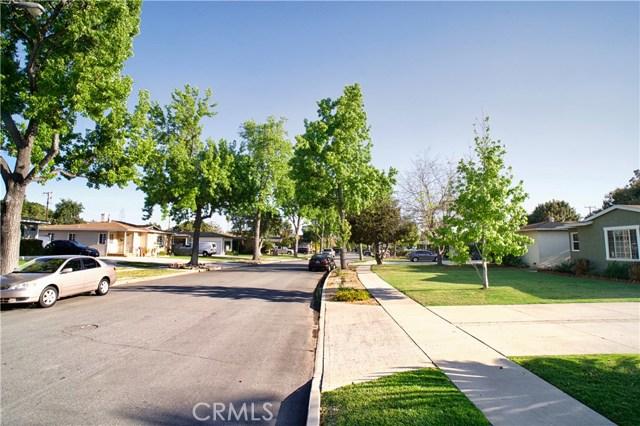 2106 Valencia Street, Santa Ana CA: http://media.crmls.org/medias/fc72faf6-1146-4869-a49a-152163936eb0.jpg