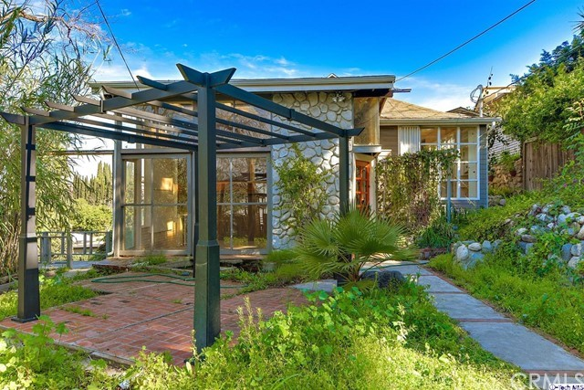 Single Family Home for Sale at 2111 Clifford Street Los Angeles, California 90026 United States