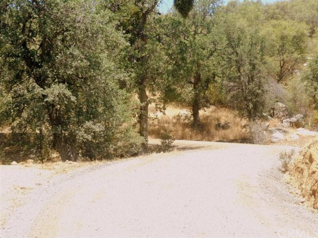 25 Buckaroo Road Auberry, CA 0 - MLS #: FR18172294
