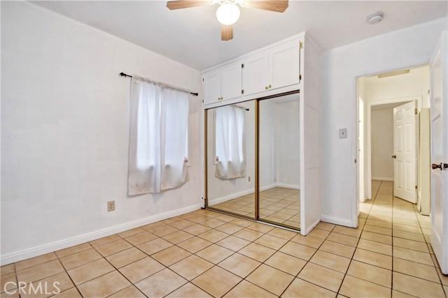 15007 Hibiscus Avenue Fontana, CA 92335 - MLS #: IV18263879