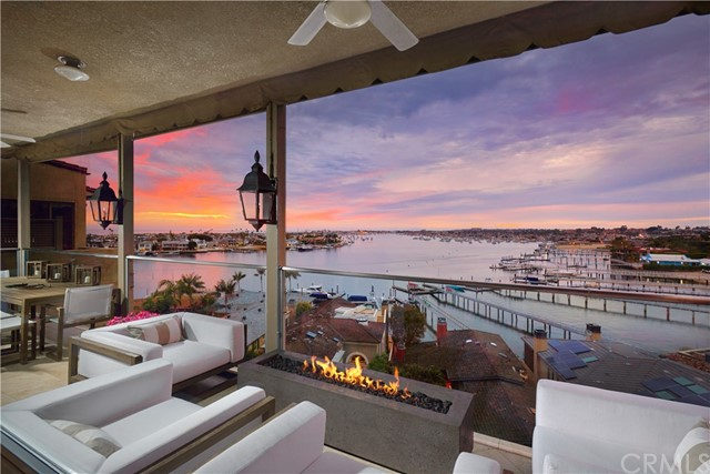 223 Carnation Avenue, Corona del Mar, California