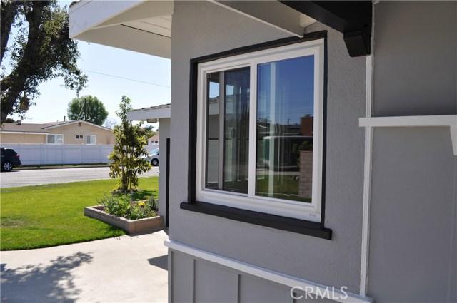 2841 W Skywood Cr, Anaheim, CA 92804 Photo 11
