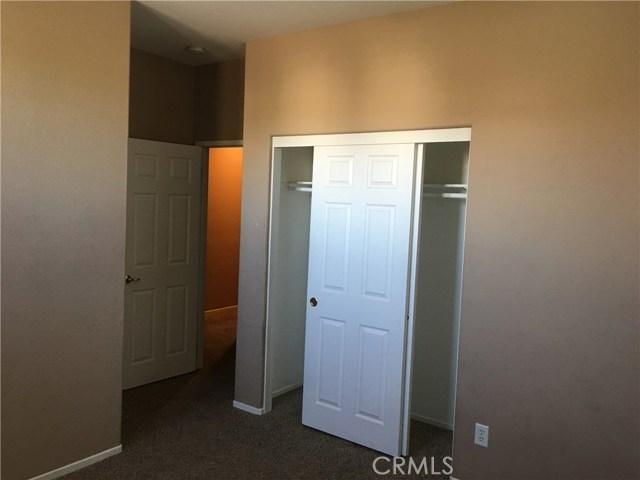 1800 E Lakeshore Drive Unit 2107 Lake Elsinore, CA 92530 - MLS #: TR18026408