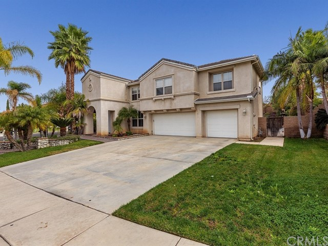 Property for sale at 3125 Forest Oaks Drive, Corona,  CA 92881