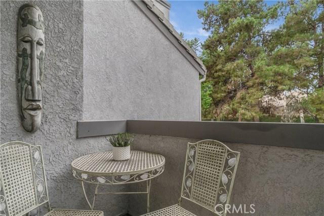 8288 Mondavi Place, Rancho Cucamonga CA: http://media.crmls.org/medias/fcb246e6-96c8-4a56-b92d-88ab665dd32d.jpg