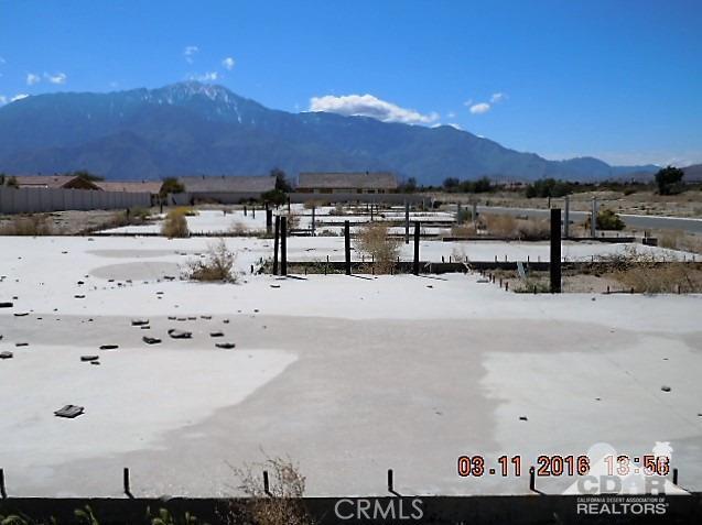 0 Bald Eagle Lane, Desert Hot Springs CA: http://media.crmls.org/medias/fcc9fa9e-97f0-4f47-9d01-fae767651c7c.jpg