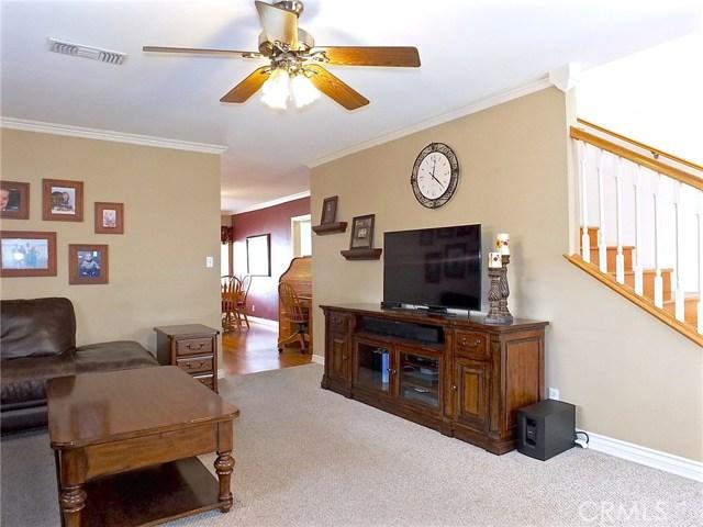 5943 Eastbrook Avenue, Lakewood CA: http://media.crmls.org/medias/fcddabd6-6ed3-46f8-93ef-8910550eb16b.jpg