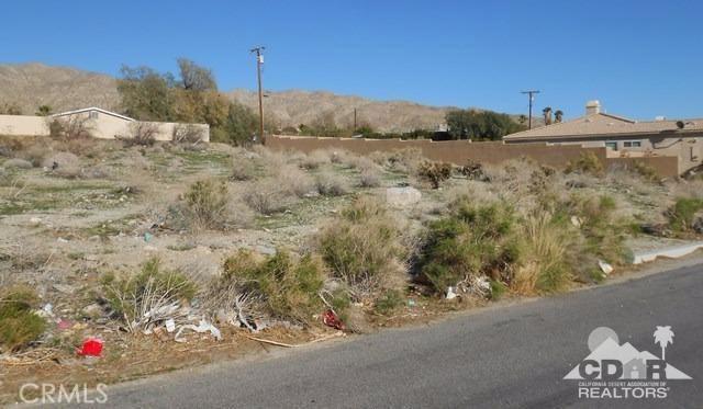0 Crescent & 4th, Desert Hot Springs CA: http://media.crmls.org/medias/fcdf6349-ad9f-42a7-addc-8fcb3d2660fe.jpg
