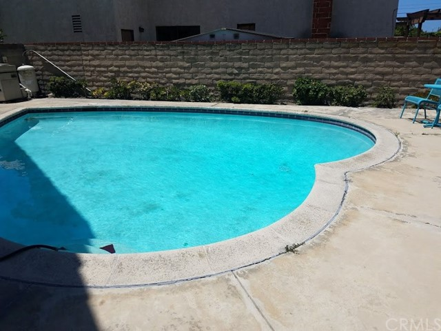 3855 Tiffany Court, Torrance CA: http://media.crmls.org/medias/fcdffc83-8747-4357-9dde-6d5ee5f7602d.jpg