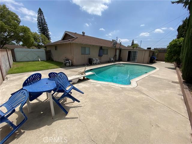 2655 W Sereno Place, Anaheim CA: http://media.crmls.org/medias/fce5ecce-965d-48db-977a-424ea526f1f6.jpg