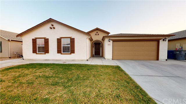 Detail Gallery Image 1 of 34 For 5432 E Burns Ave, Fresno,  CA 93727 - 4 Beds | 2/1 Baths