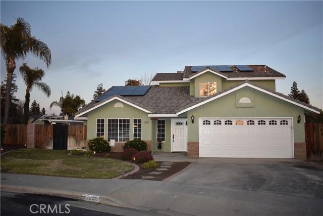 2655 Whittier Avenue, Clovis CA: http://media.crmls.org/medias/fcf1efd5-de50-41f7-946a-d0959887efe3.jpg