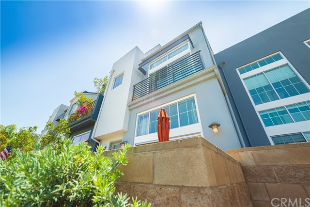 5400 Playa Vista Drive Unit 8 Playa Vista, CA 90094 - MLS #: SB18131976