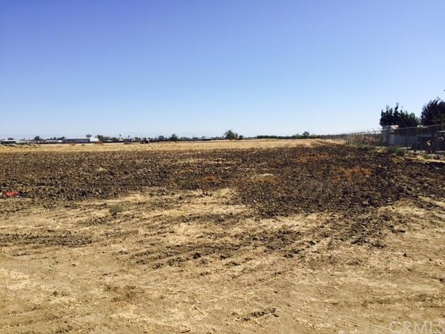 Additional photo for property listing at 386 Tyler Road Merced, California United States