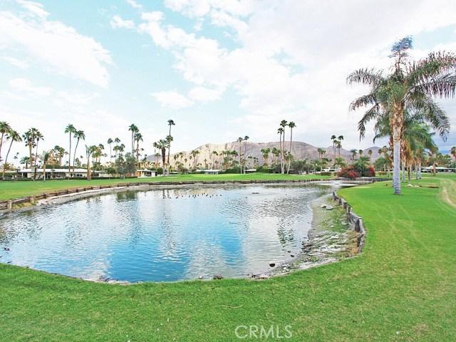 2210 S Calle Palo Fierro, Palm Springs CA: http://media.crmls.org/medias/fd00b531-3380-47e0-a3f7-2f80597e50aa.jpg