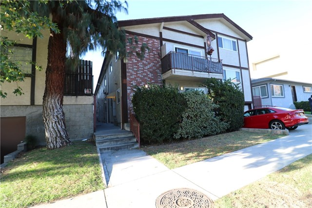 Single Family Home for Sale at 313 E Providencia Avenue Burbank, California 91502 United States