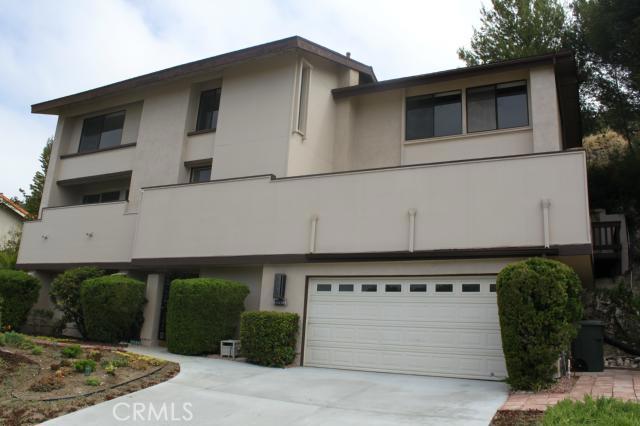 30318 Via Borica Rancho Palos Verdes, CA 90275 is listed for sale as MLS Listing SB16109656
