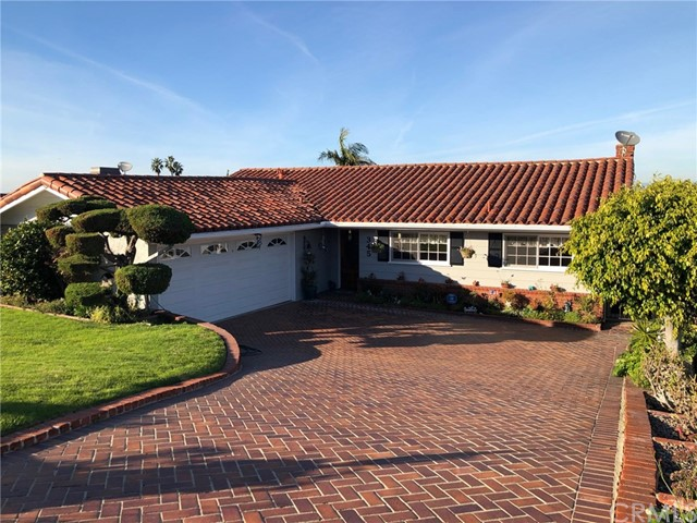 Photo of 345 Calle Mayor, Redondo Beach, CA 90277