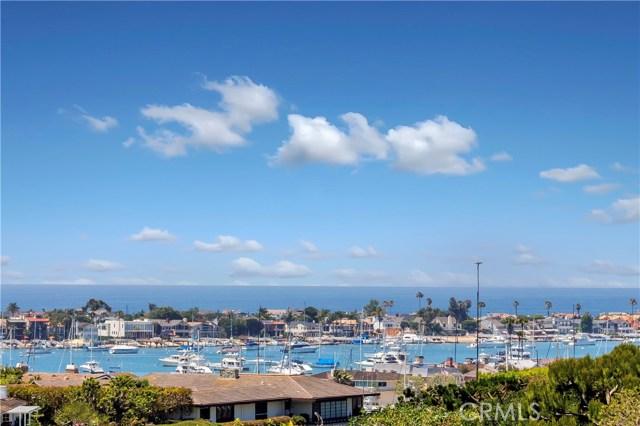 1607 Bonnie Doone, Corona del Mar CA: http://media.crmls.org/medias/fd5d61af-b51c-40e3-b793-ab008662c0a3.jpg