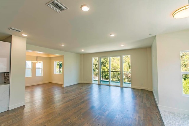 6926 Woodrow Wilson Drive Hollywood Hills, CA 90068 - MLS #: MB17213524