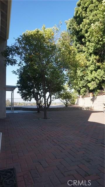13745 Moonshadow Place, Chino Hills CA: http://media.crmls.org/medias/fd70a39c-9b41-4688-9714-f275595753bf.jpg