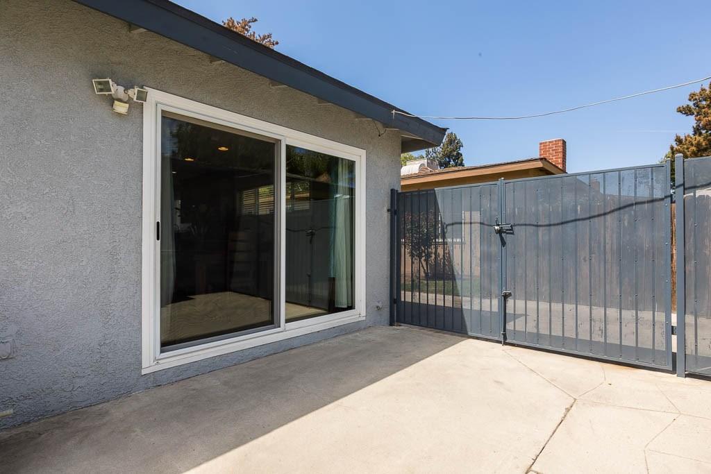 12723 Vose Street, North Hollywood CA: http://media.crmls.org/medias/fd8c5999-892f-4235-ab14-993270ecd40f.jpg