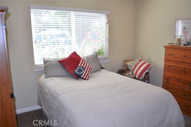 2649 7th Avenue, Merced CA: http://media.crmls.org/medias/fd8c8b4b-98ec-4cab-9af4-e284f3eef163.jpg