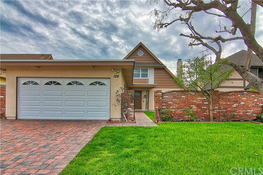 124 W Simmons Av, Anaheim, CA 92802 Photo 0