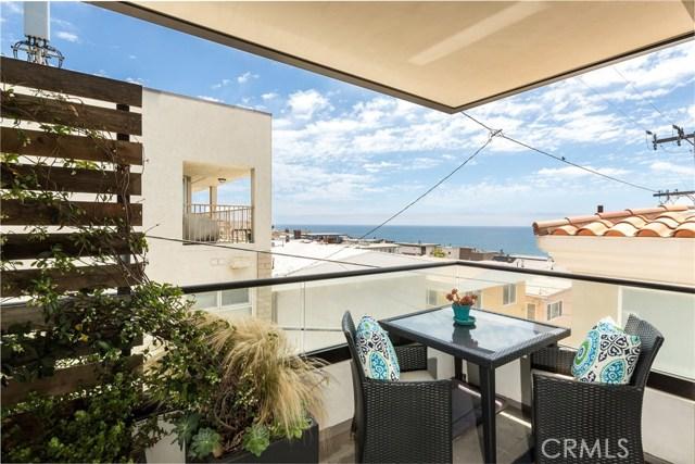 Photo of 229 Rosecrans Place, Manhattan Beach, CA 90266