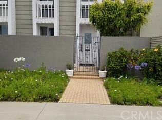 3993 Warner Avenue Huntington Beach, CA 92649 OC16133004