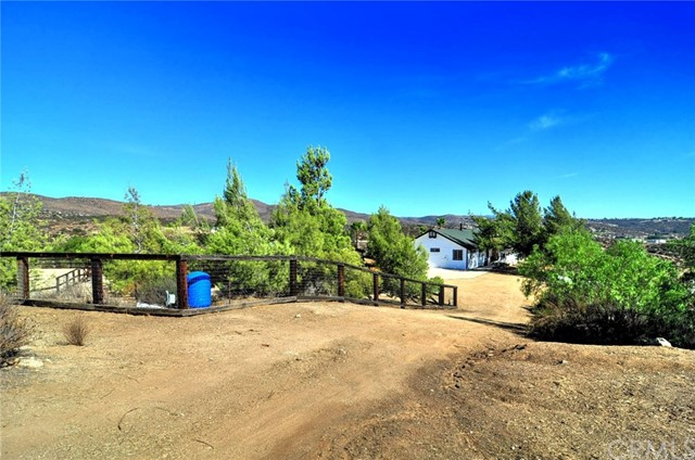 39650 Green Meadow Rd, Temecula, CA 92592 Photo 36