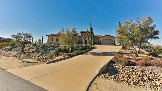 Photo of 41945 Arbor Glen Drive, Temecula, CA 92592