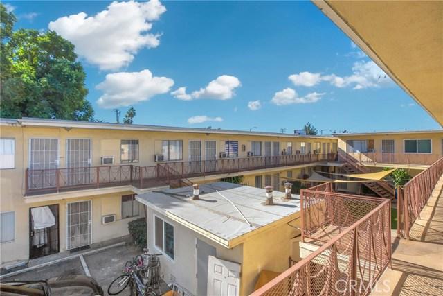 1232 S San Gabriel Boulevard, San Gabriel CA: http://media.crmls.org/medias/fdc02ddf-b119-4c3a-bd83-3aeb6855c829.jpg