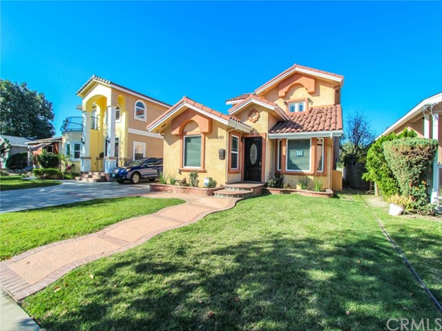 Single Family Home for Sale at 3183 Chestnut Avenue 3183 Chestnut Avenue Long Beach, California 90806 United States