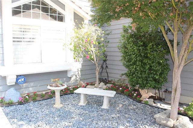 6645 Brighton Place, Alta Loma CA: http://media.crmls.org/medias/fdd6e4cd-9898-4a54-8792-ab25c9b06bbe.jpg
