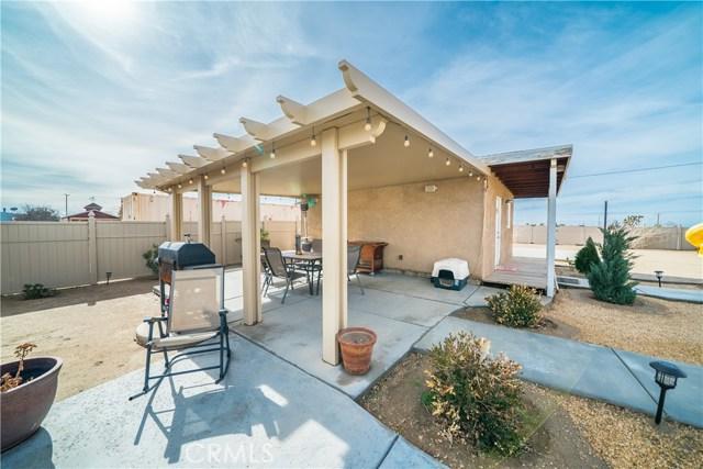 10925 Del Rosa Road,Phelan,CA 92371, USA