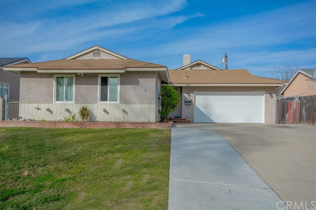 Detail Gallery Image 1 of 37 For 557 E Hawthorne St, Ontario,  CA 91764 - 5 Beds | 2 Baths