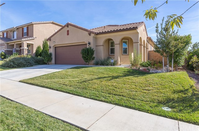34329 Blossoms Drive, Lake Elsinore CA 92532