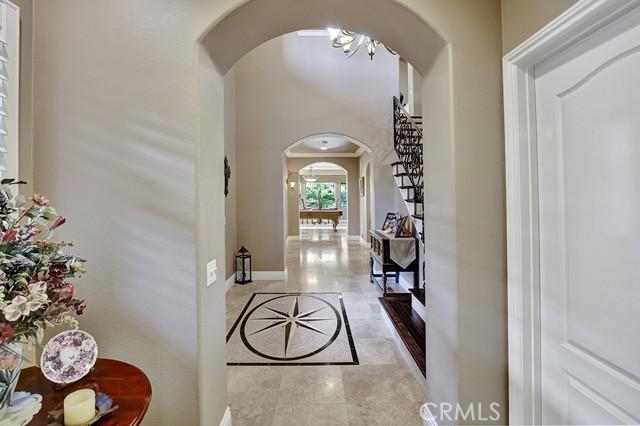 33 Via Nerisa, San Clemente CA: http://media.crmls.org/medias/fe030a81-c221-4c90-96f3-26aad88633bb.jpg